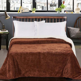 Hnedý obojstranný pléd na posteľ DecoKing Lamby, 220×240cm