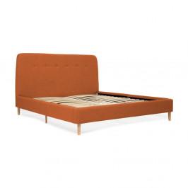 Oranžová dvojlôžková posteľ s drevenými nohami Vivonita Mae Queen Size, 160×200 cm