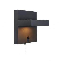 Čierna nástenná lampa s poličkou a USB nabíjacou stanicou Markslöjd Kubik
