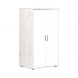 Biela detská šatníková skriňa s lakovanými dverami z borovicového dreva Flexa Classic, výška 133 cm