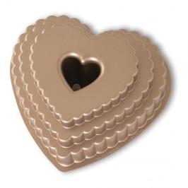 Forma na bábovku v karamelovej farbe Nordic Ware Heart, 2,8 l