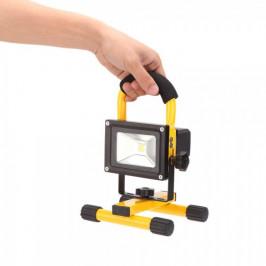 Prenosný akumulátorový LED reflektor, 10 W